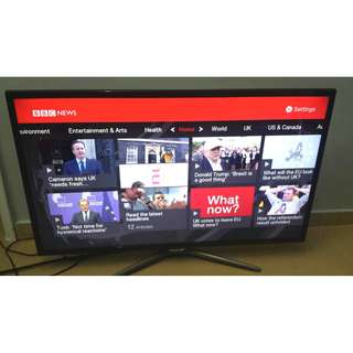 32 inch Smart Samsung TV