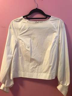 Aritzia Niki Blouse in White Size Small