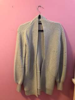 Aritzia Darcey Sweater in Grey Size Xs