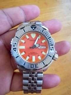 Seiko orange monster 1st gen skx781 diver watch