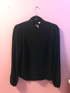 Aritzia Granados Blouse Size Small in Black