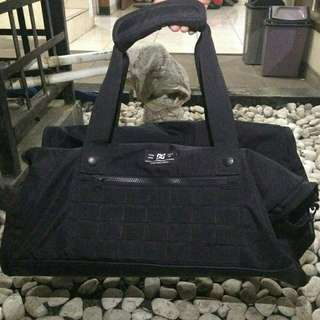 Duffle Bag / Travelling Bag Dc Black Tanker III M Original