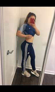 2 adidas pants for 25$