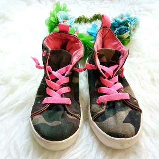 Sepatu carter 27