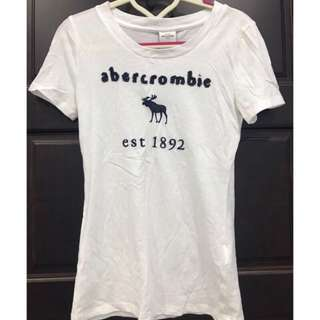🚚 Abercrombie kids 百搭基本款 素T 白色 夏季款