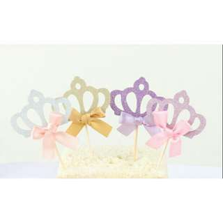 *FREE DELIVERY to WM only / Ready stock* 4pcs crown cake topper set as shown in design/color. Free delivery is applied for this item.