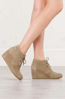 Toms Desert Wedge - Taupe Suede 7.5