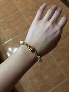 Anne klein White and gold tone bracelet