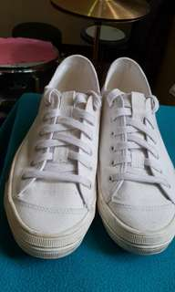 Girbaud white shoe