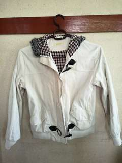Maong white jacket