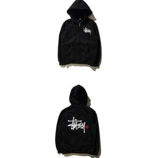 Stussy 黑色L棉外套