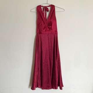 酒紅緞面性感洋裝