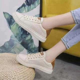 D & J Shoes