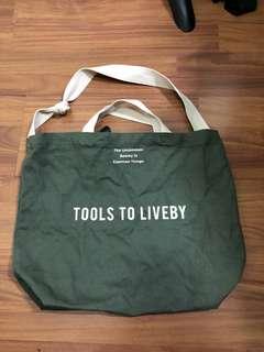 禮拜文房具 Tools To Liveby 軍綠色Tote Bag 環保袋 布袋 Levi's converse