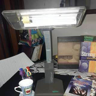 markdown to 600 KYOWA Graphicart Study Table Lamp