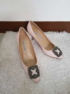 Authentic Manolo Blahnik Hangisi In Satin Pink Pumps Size 37