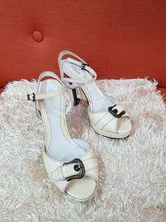 Authentic Fendi Off White Patent Leather Sling Back Peep Toe Pumps Size 35 1/2