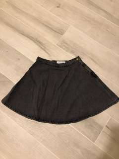 American Apparel circle black denim skirt | M size