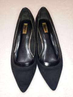 FIGLIA Black Pointed Shoes SIZE 8