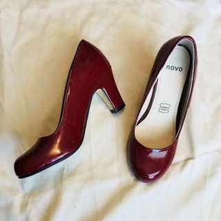 Patent vintage style burgundy pump heels