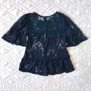 [Brandnew] Kamiseta Black Lacey Top