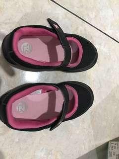 Preloved sepatu anak perempuan