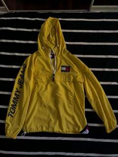 VINTAGE - 90's Tommy Hilfiger/Tommy Jeans Yellow Jacket