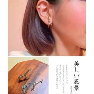 MADE IN KOREA Very Cute Giraffe 3D Earrings 長頸鹿前後托耳環