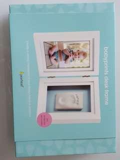 BNIB Pearhead babyprints desk frame