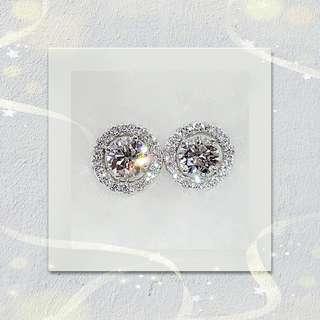 GIA 18K白金鑽石耳環