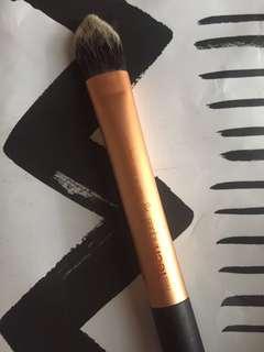 Authentic Real Technique Flat Brush