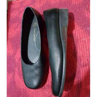 Hush Puppies Black Shoes