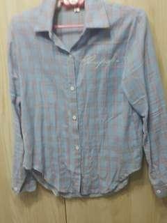 🚚 粉藍襯衫