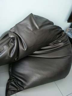 Bean bag 5' x 4' (washable)