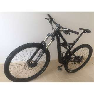 SPECIALIZED Enduro 29 Comp Limited Stealth Black Edition (S/M)