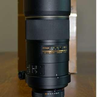 Nikon AF-S 300mm F/4D IF