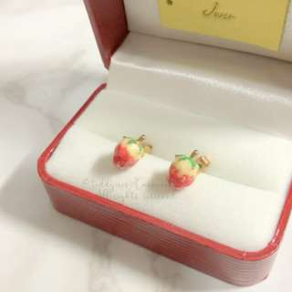MADE IN KOREA Super Cute 3D Strawberry Earrings 立體士多啤梨耳環