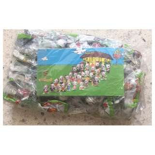1999 McDonalds Snoopy World Tour II 28 pcs full set collectibles BNIP with clear plastic box