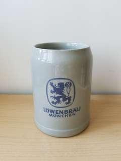 盧雲堡Lowenbrau啤酒杯
