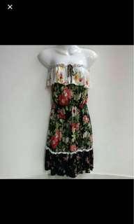 ⚁ 2 for $10 - MNG Mango Floral Black Tube Dress