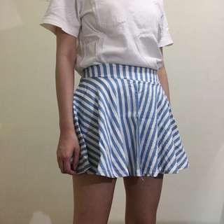 夏日清爽藍白條紋短裙