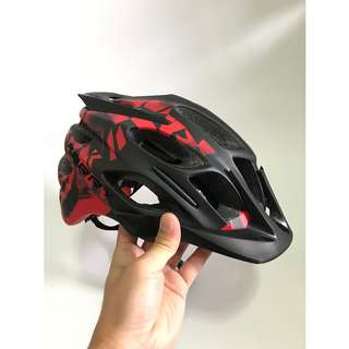 💯🆕KARRY Outdoor Bike Bicycle Riding Helmet with integrated safety warning light for cyclists/scooter users (Black with Red)