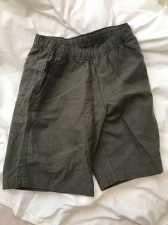 Steal deal! Brand new Uniqlo short linen pants