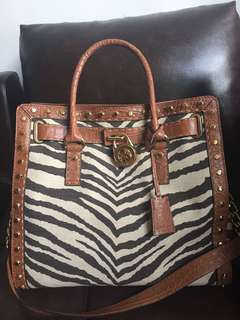 NEW CHEAP MICHAEL KORS ANIMAL PRINT BAG