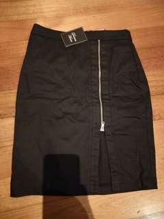 BNWT split zipper pencil midi skirt