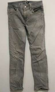 #mausupreme celana abu abu