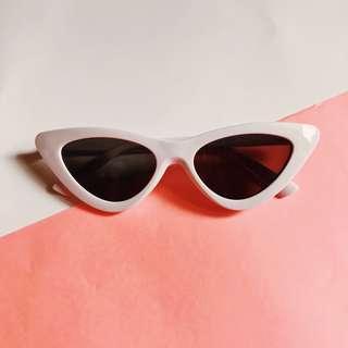 White Black Cat Eye Sunglasses Retro Cateye Sunnies