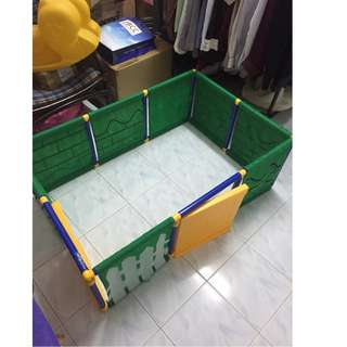 Preloved Playpen