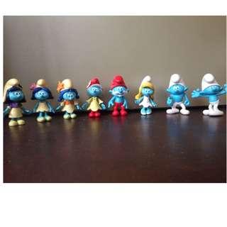 Small smurfs figurines