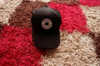 Topi Converse warna hitam kondisi mulus